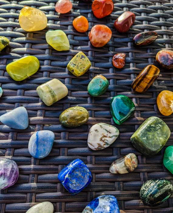 LG & XL Tumbled Stones / You Pick! / High Quality Crystals / Ethically Sourced / Healing Crystal Energy / Chakra Stone / Meditation Stone