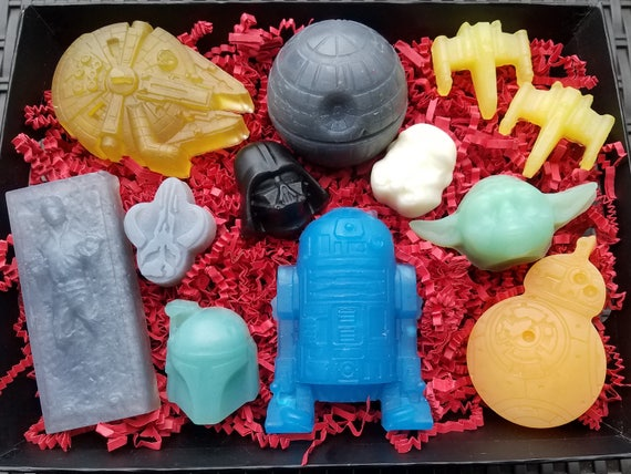 STAR WARS Soap Gift Set / Choose Your Side...Team R2, Team Vader, or the COMPLETE Saga! / Gluten Free / Vegan / Organic Oils / Oh So Cool!