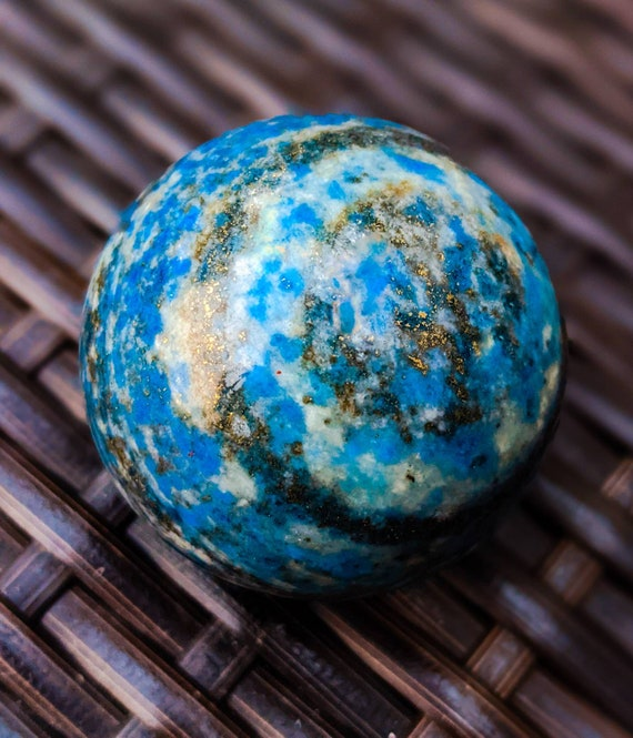 Natural Lapis lazuli Sphere / High Quality with Many Golden Pyrite Flecks / Crystal Ball / Chakra Stone / Healing Crystal Energy