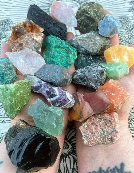 Raw Crystals / Chunks / Ethically Sourced / High Quality / Rough Stones / Raw Crystal / Raw Stone / Many Different Kinds To Choose From!
