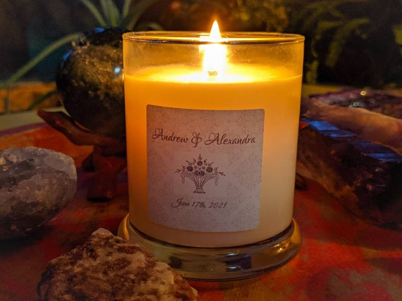21 oz Candles / 100% Soy / Choose Your Scent / Hand Poured / High Quality - Artisan Home Fragrance / Customizable Labels & Charms Available!
