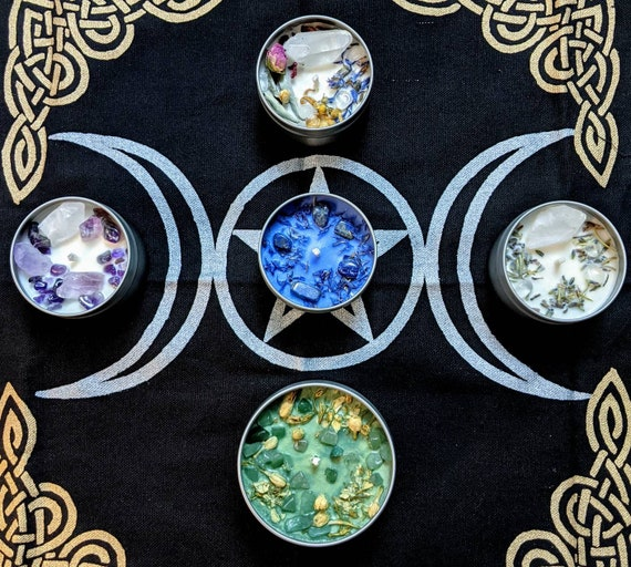 Moon Goddess Soy Candles / Infused with Organic Flowers & Herbs, Crystals, and Essential oil / Moon Charm Included /Customization Welcome!