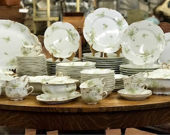 Free Shipping~ 114 Peice Set Gorgeous Haviland Limoges Schleiger 52h H & Co, Blank 23, Green with Gray Blue Flowers Hei