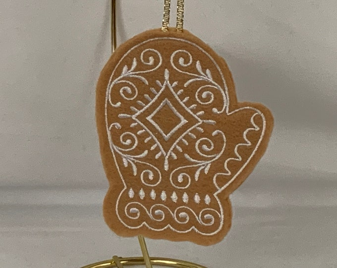 Mitten Gingerbread Cookie; Mitten Felt Ornament; Christmas Ornament; FREE SHIPPING; Tree Ornament  - IPFG-000155