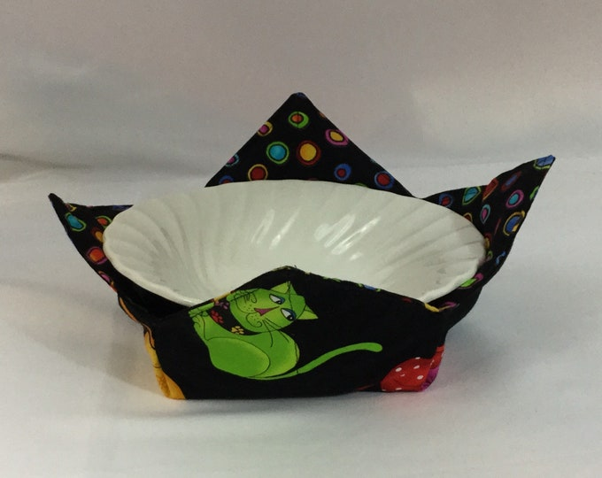 Sophisticated Cats Microwave Bowl Cozy, Medium, Salad Bowl Size, Reversible, Free Shipping, Hot Bowl Pad - IPFG-000179