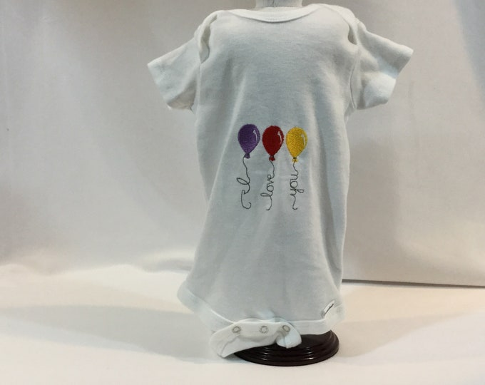 I Love You  Baby Balloons Onesie; 12 Month Onesie; Baby Girl Clothing; Girl Bodysuit, Gerber Onesies; FREE SHIPPING; Baby Shower IPFG-000331