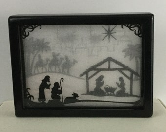 "3-D Christmas Nativity Shadow Box with Stand; 5"" x 7"" Custom Frame, Christmas Story; Birth of Jesus in Bethlehem; Organza Art - IPFG-000114"