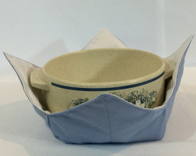 """Blue and White Microwave Bowl Cozy-Large 8"""" Bottom Diameter; Leftover Hot Bowl Pad; Casserole Bowl Cozy, Reversible - IPFG-000322"""