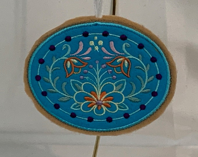 Blooming Cookie Ornament made with Felt; Embroidered Flower Ornament; FREE SHIPPING; Icing Cookie Ornament - IPFG-000245