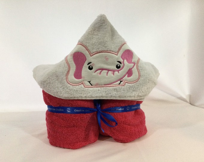 Girl Elephant Hooded Towel for Kids, Full Size Bath Towel, Hoodie, Bath Wrap; FREE SHIPPING - IPFG-000101