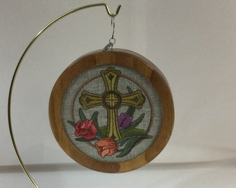 Cross and Tulips Ornament, Easter Cross, Cross and Easter Lilly Stained Glass framed in a Cherry Stained Wood Frame, 2021 Charm-IPFG-000464