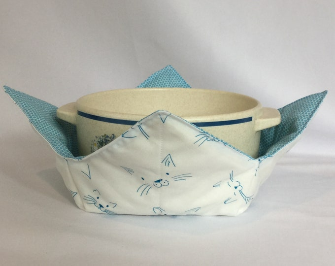 "Blue Cat Face Microwave Bowl Cozy-Large 8"" Bottom Diameter; Leftover Hot Bowl Pad; Ice Cream Bowl Pad, Cat Cozy; Reversible - IPFG-000199"