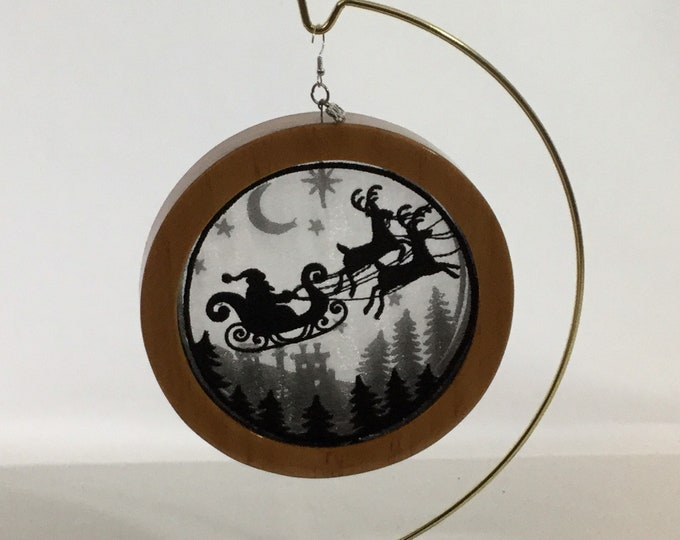 3-D Santa's Flight  Silhouette Ornament; 2020 Charm, Christmas  Shadowbox Ornament; Cherry Stain Wood - IPFG-000310