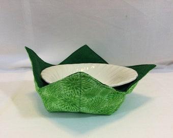 """Green Flower Burst Microwave Bowl Cozy-Medium-6"""" Bottom Diameter; Bowl Holder; Leftover Bowl Hot Pad; Reversible - IPFG-000478"""