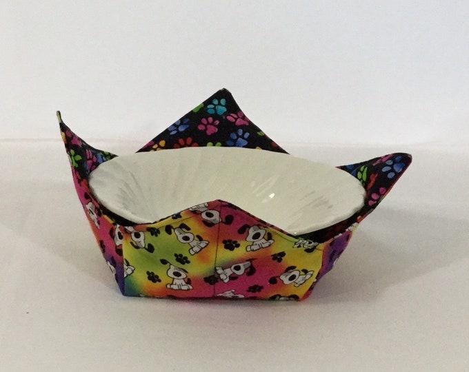"""Doggie Rainbows Microwave Bowl Cozy - Medium 6"""" Bottom Diameter;  Salad Bowl, Rainbow Paws, Reversible - IPFG-000381"""