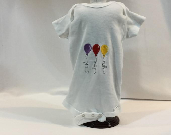 I Love You  Baby Balloons Onesie; FREE SHIPPING; 12 Month Onesie; Baby Girl Clothing; Girl Bodysuit, Gerber Onesies; Baby Shower IPFG-000331