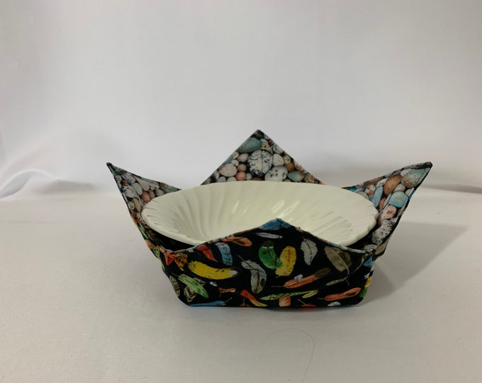"""Eggs and Feathers Microwave Bowl Cozy, Salad Bowl Size, Medium 6"""" Diameter, Bird Lover, Hot Bowl Pad; Reversible, Dorm Cozy - IPFG-000459"""
