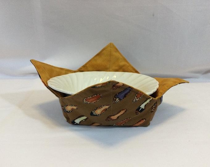 "Shoes Galore Microwave Bowl Cozy-Medium-6"" Bottom Diameter; Sunflower Bowl Holder; Leftover Bowl Hot Pad; Reversible - IPFG-000480"
