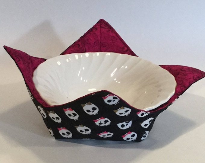 "Sugar Babies Skulls Microwave Bowl Cozy-Medium-6"" Bottom Diameter; Leftover Hot Bowl Pad; Ice Cream Bowl Pad, Reversible - IPFG-000090"