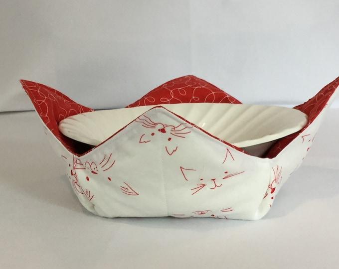 "Red Cat Face Microwave Bowl Cozy-Medium 6"" Bottom Diameter; Leftover Hot Bowl Pad; Ice Cream Bowl Pad, Reversible - IPFG-000197"