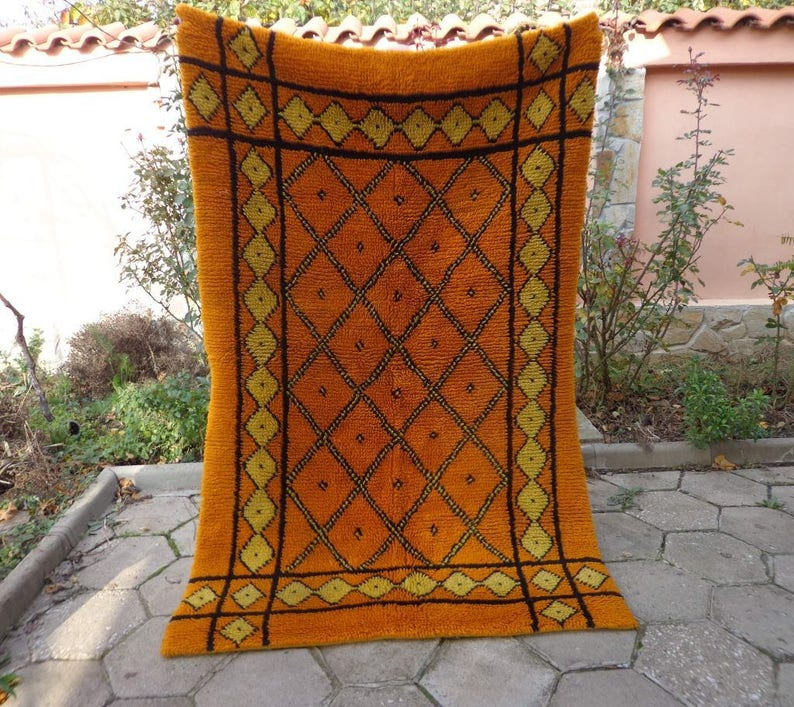 Antiques Vintage Bulgarian Hand-woven Wool Rug Fabric