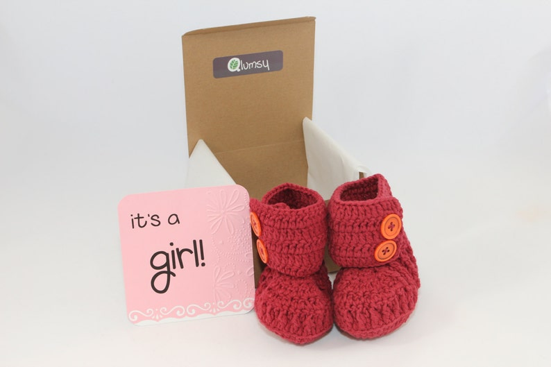 Gender Reveal Gift Box/ Pregnancy Announcement/ Crochet Baby image 0