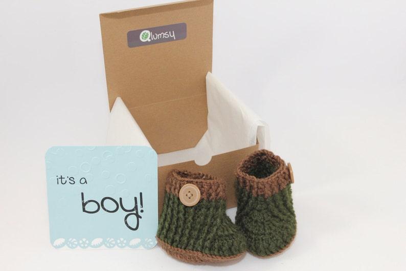 Gender Reveal Gift Box/ Pregnancy Announcement/ Crochet Baby image 0