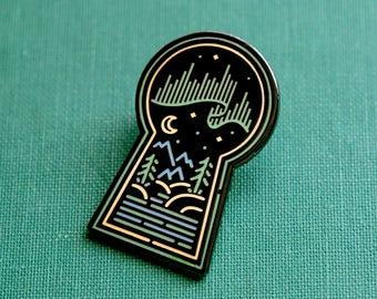 Aurora Borealis Keyhole Enamel Lapel Pin Badge / Artist Series pin by Heeey! Studio / Northern Lights Arctic Night Skeleton Key Nature