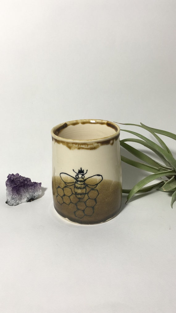 Queen Bee Cup