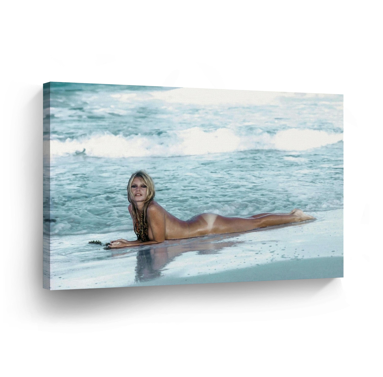 Beach naked nude Nudist
