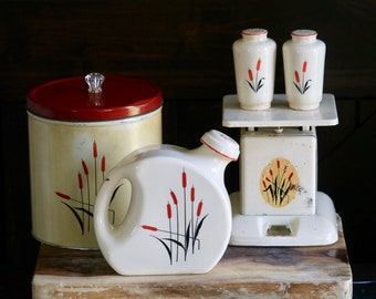McKee Tipp City Cattails Tall Flour Sugar Shakers Vintage Bonus Two Cattail Plates