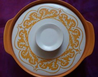 J & G Meakin Maidstone Castille Pottery Casserole Serving dish, vintage, 1960s retro