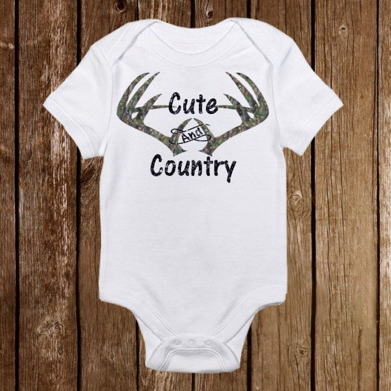 Personalized Name Camo Deer Daddy/'s Hunting Buddy Pink Baby Girl Onesie Gift