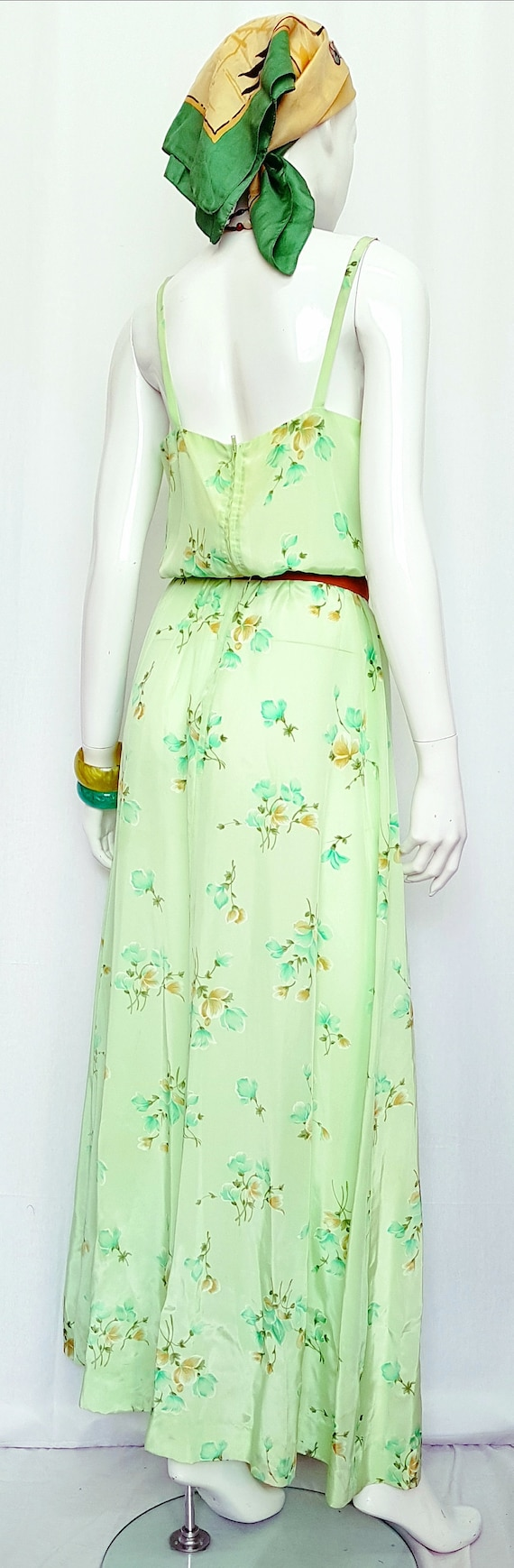 Vintage 30's Soft Flowing Mint Green Rose Print S… - image 3