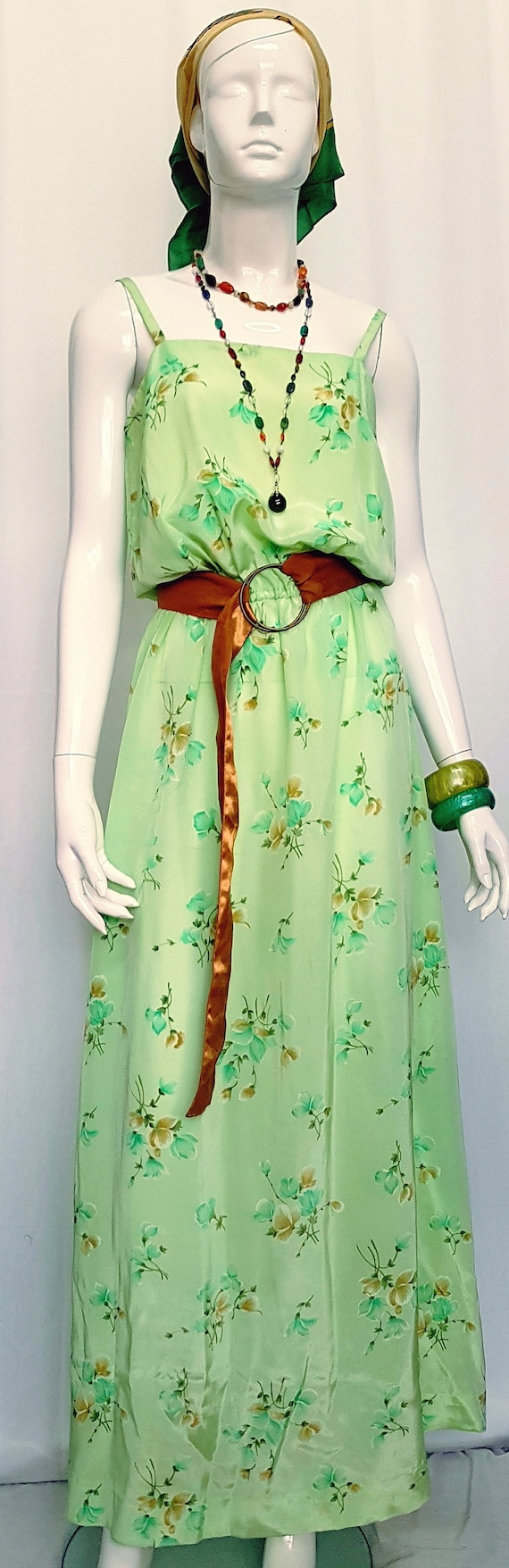 Vintage 30's Soft Flowing Mint Green Rose Print S… - image 1