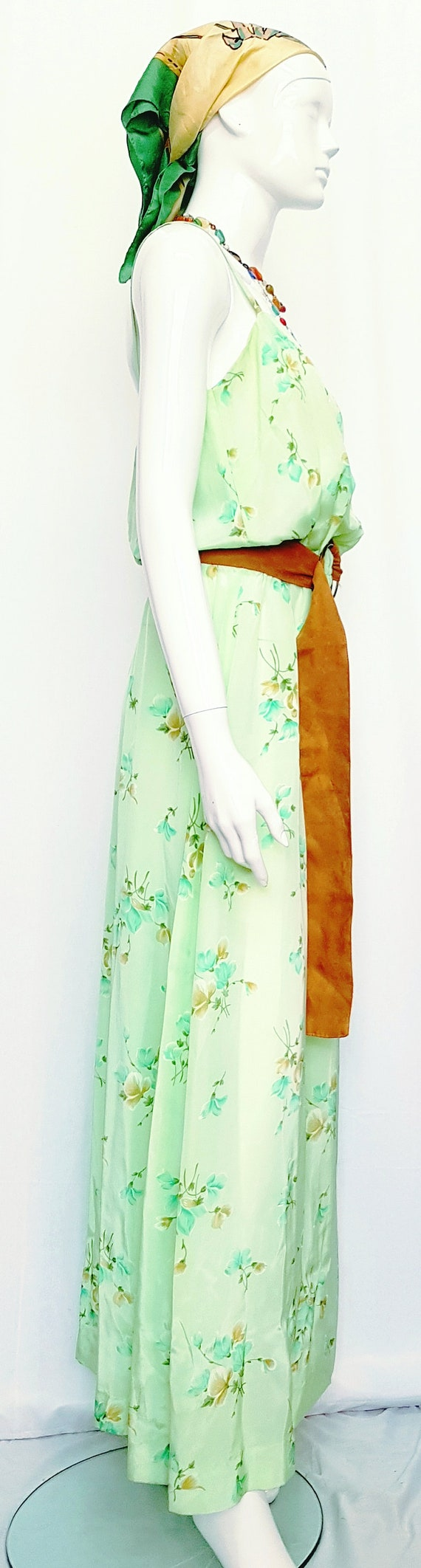 Vintage 30's Soft Flowing Mint Green Rose Print S… - image 2