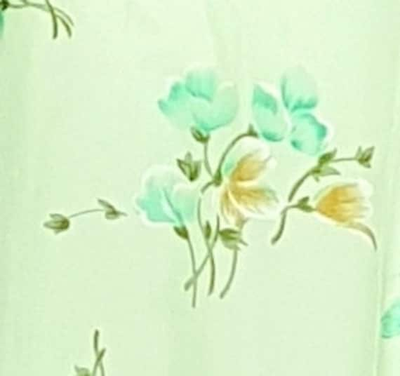 Vintage 30's Soft Flowing Mint Green Rose Print S… - image 6