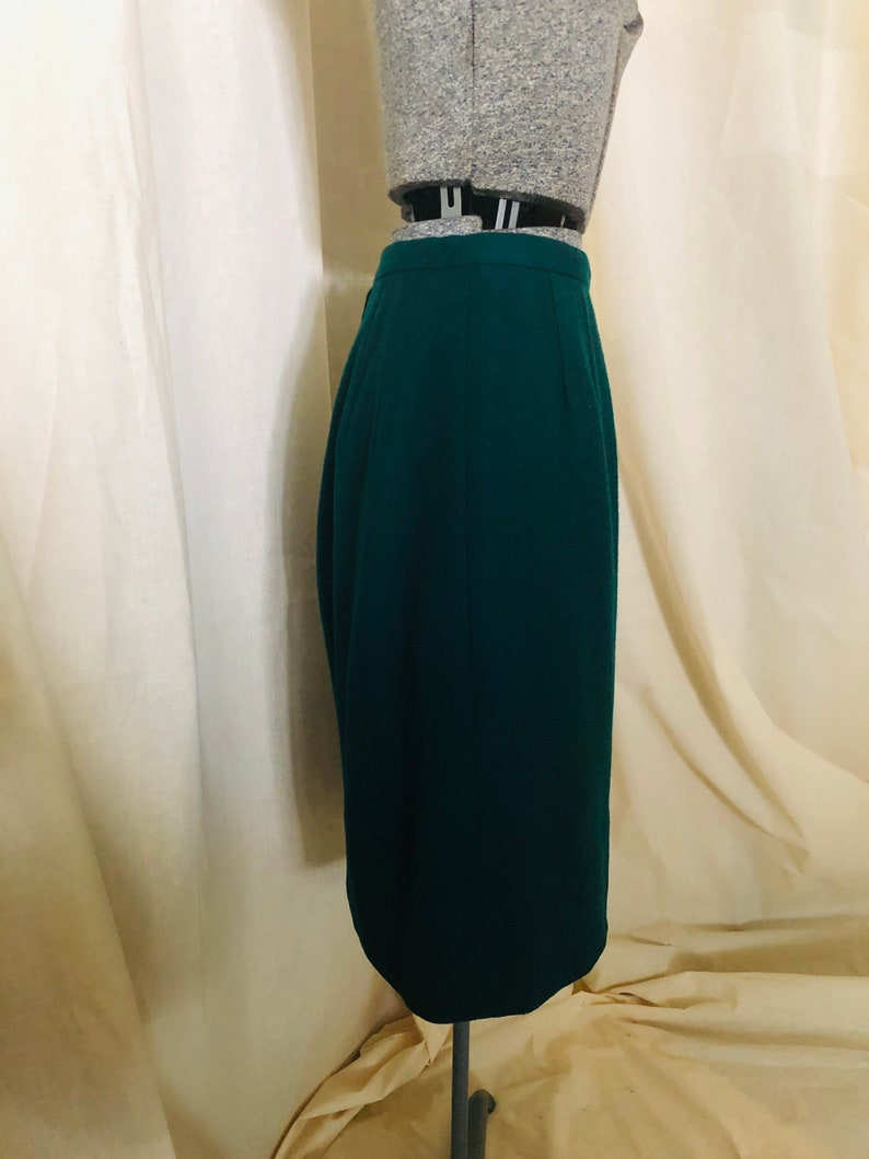 1960s Green with Envy Emerald Pencil Skirt