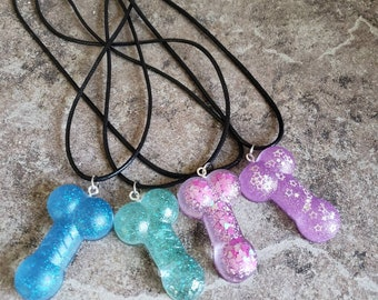 Penis necklace, bachelorette party gift, gag gift, hen party gift, novelty necklace, anatomy jewelry, glitter jewelry, penis pendant, gift