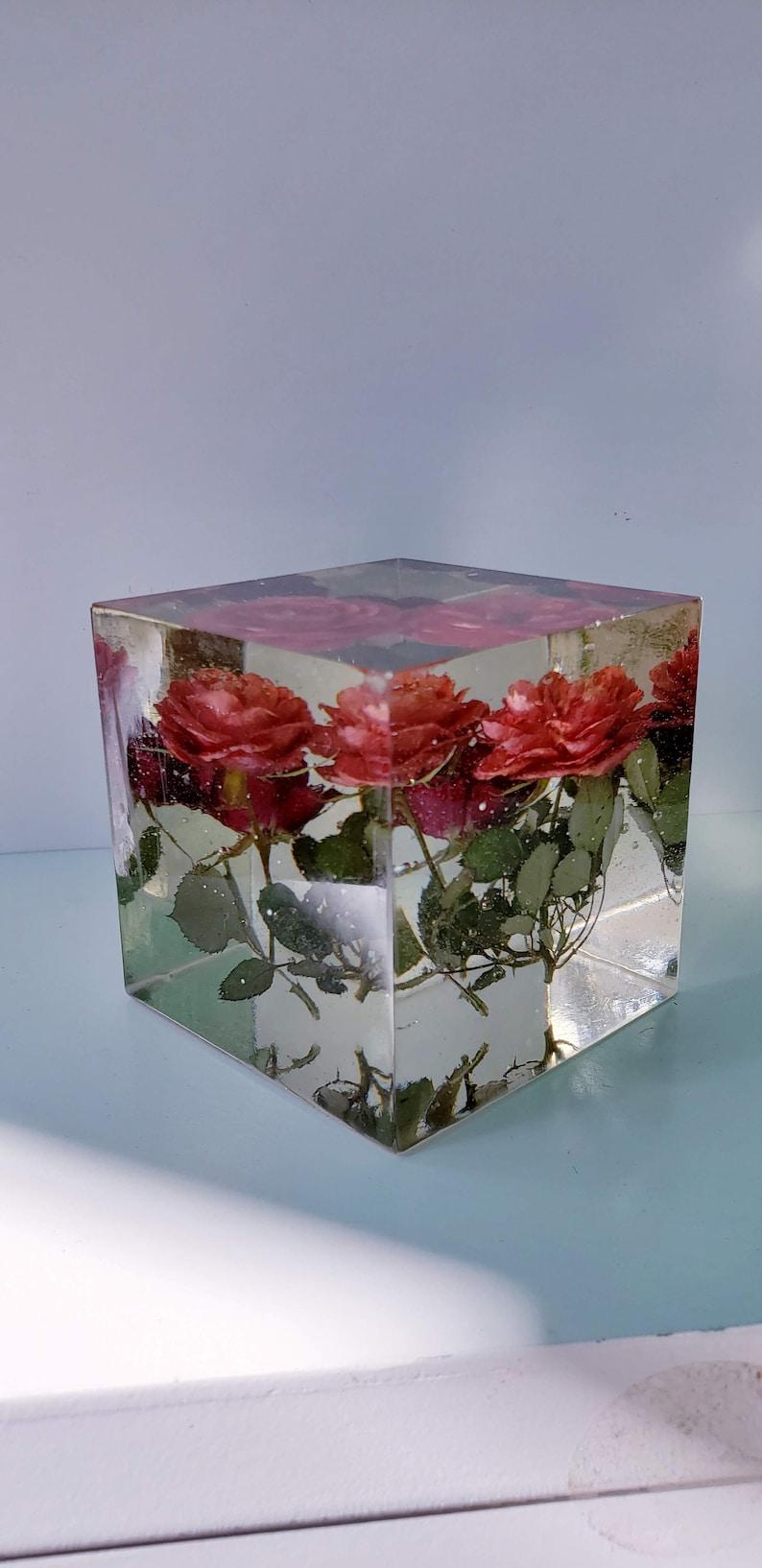 Preserving Wedding Flowers In Large Resin Cube Like Glass Paperweight Keepsake Sweet Romantic Memories Of Your Wedding Anniversary Funeral