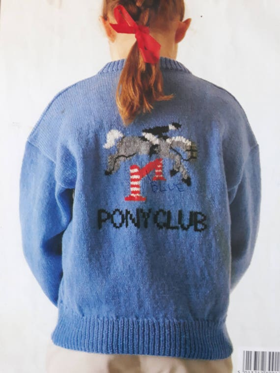 Caballo de suéter que hace punto patrón Sirdar c4584, caballo puente ...