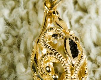 14 KT Yellow Gold Filigree Teardrop Pendant