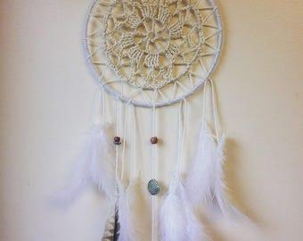 Crotchet feather dreamcatcher