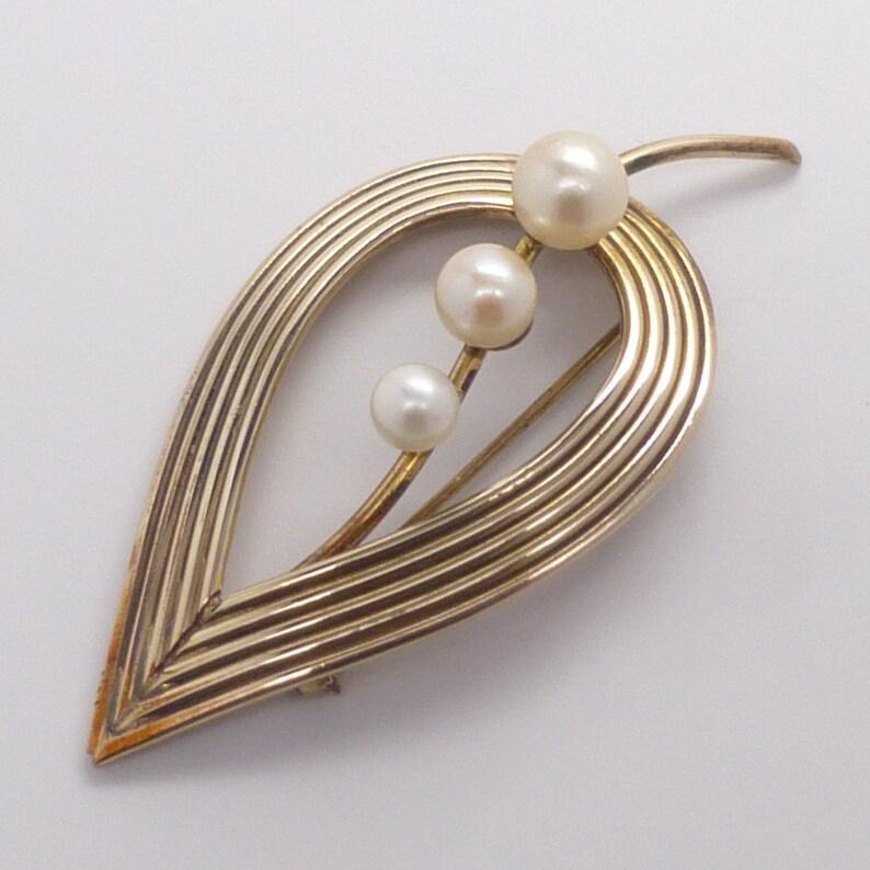 Vintage 12K Gold Filled 2 12 long WINARD Open Leaf Akoya Cultured Pearl Pin  Brooch