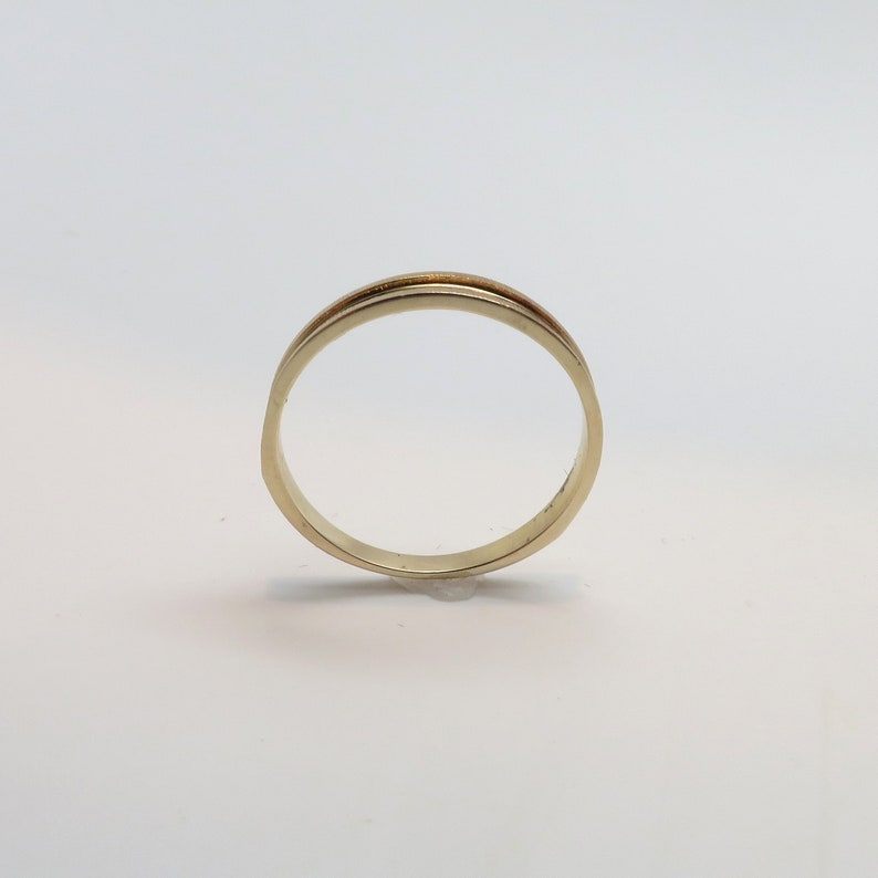 Classic Vintage New 14K Yellow Gold 2.75mm Wide Art Deco Style Tapered Band  Stacking Ring Wedding Band  Ring  Size 6 14 Weighs 1.35 gr