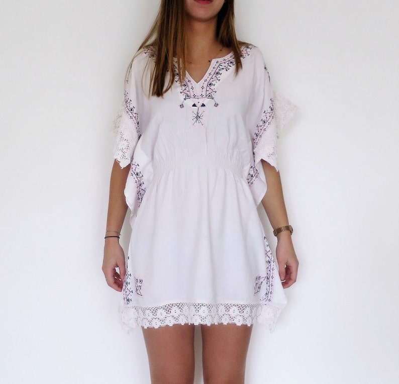 timeless design 20584 1e4cd Strand Kleid / Tunika, bestickte Baumwolle