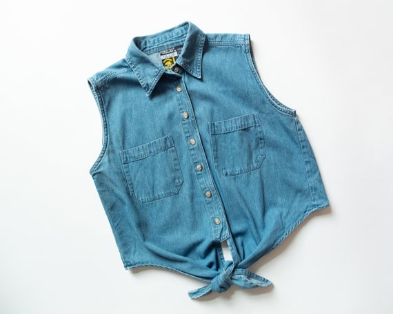 90s Vintage CHAMBRAY TIE Top / Sleeveless Lightwei