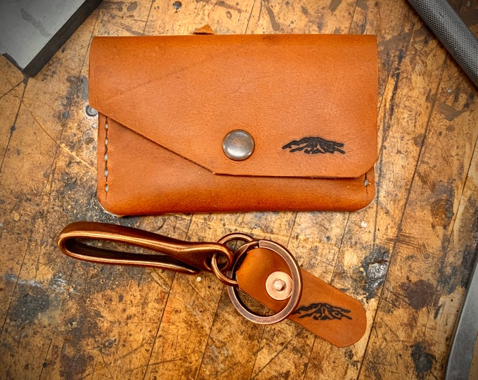 "Red wing leather Wallet and Keychain combo in ""Oro Legacy"""