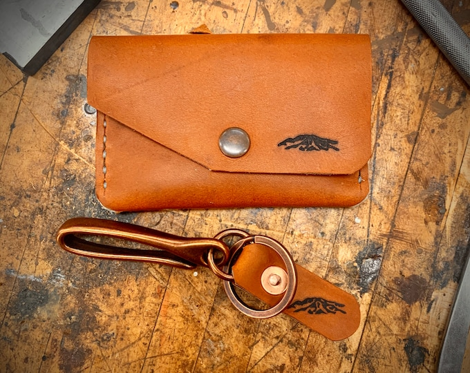 """Red wing leather Wallet and Keychain combo in """"Oro Legacy"""""""