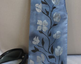 Silk Soft Eye Sunglass Case, Floral Vines in Silver and Black on Soft Blue, Hand painted